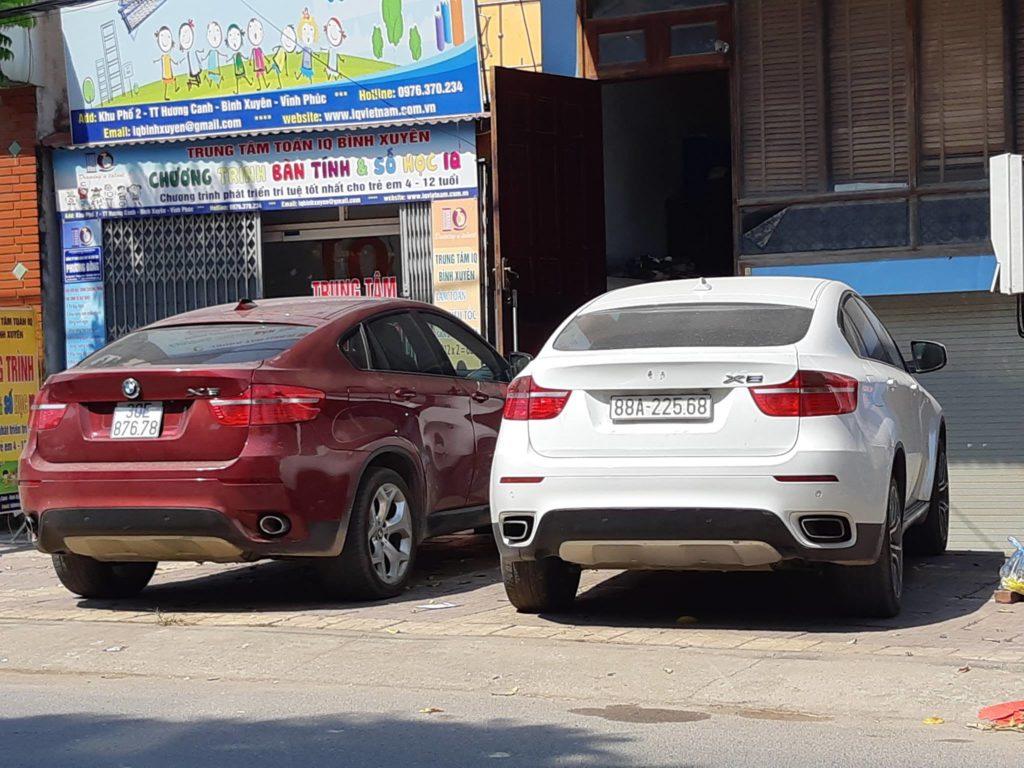 Cặp xe BMW X6