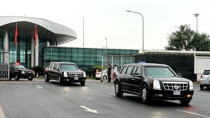 Xe tối tân bảo vệ tổng thống Mỹ