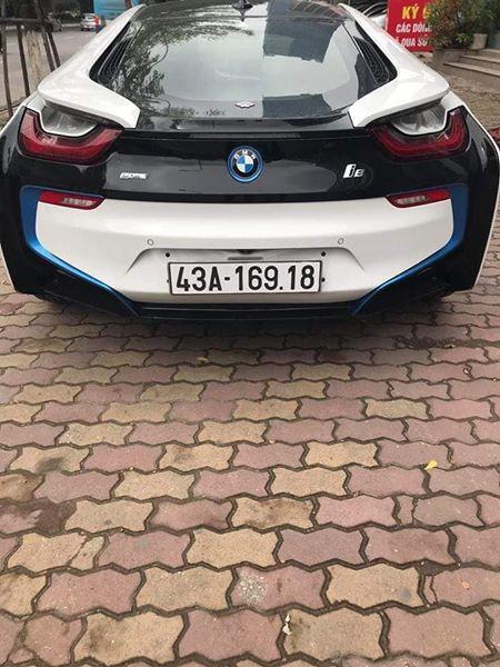 BMW i8 mất giá mạnh