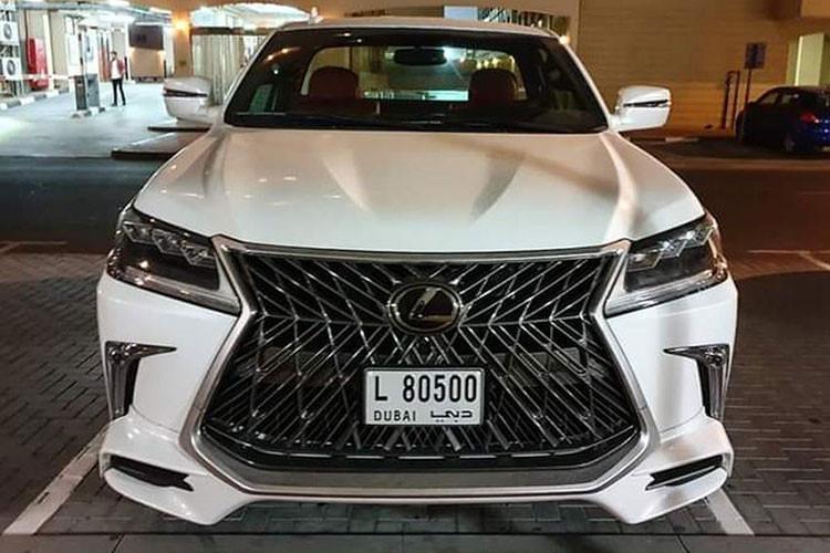 Xe sang Lexus LX570