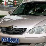 Xe công chở Phó bí thư Ninh Bình có hai biển số xanh