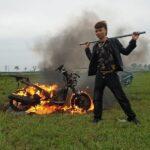 Video Khá Bảnh đốt xe Honda PCX 70 triệu rồi mua xe máy điện gây xôn xao