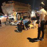 Hà Nội: Thiếu tá CSGT bị xe tông giữa đường khi đang xử lý người vi phạm