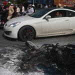 Khi đang lái xe bị cháy, cần xử lý như thế nào ?