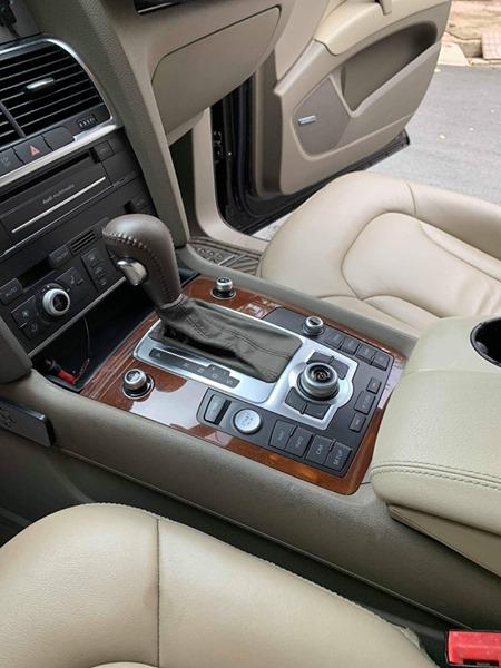 Táp lô xe Audi cao cấp