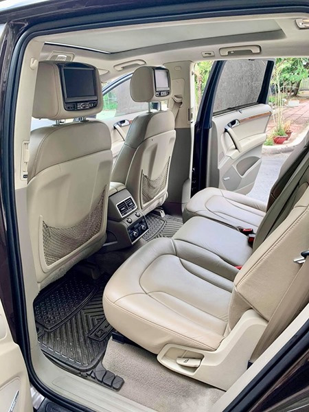 Nội thất xe sang Audi Q7