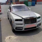 Vừa về Việt Nam Rolls Royce Cullinan đã đi dạo trên nhiều phố