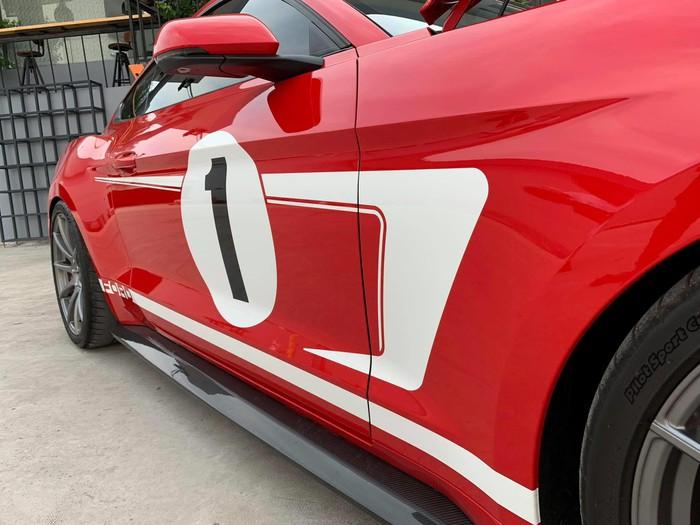 Hàng khủng Ford Mustang cực đỉnh