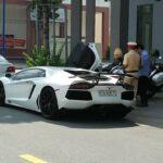 Siêu xe Lamborghini Aventador của thiếu gia Bình Dương ra biển số trắng