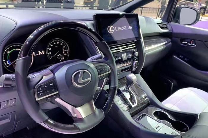 lexus minivan nội thất đẳng cấp