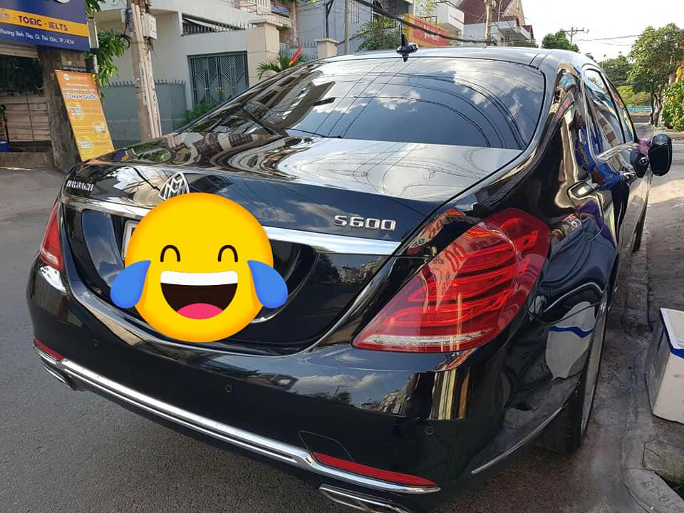 Mercedes Maybach S600 bị vặt gương Sài Gòn