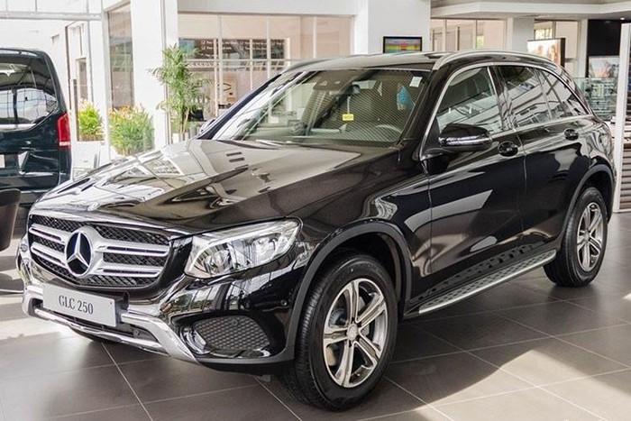 Xe sang Mercedes đẹp của Phạm Quỳnh Anh