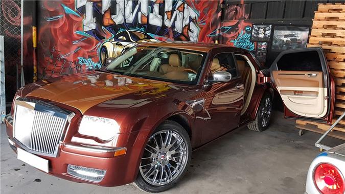 Xe Rolls royce giả độ