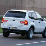 Xe sang BMW X5 nhái xuất hiện nghênh ngang trên phố Châu Âu