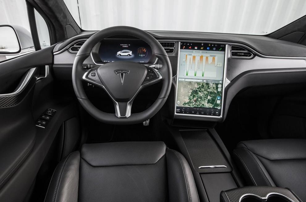 Nội thất siêu xe bán tải Tesla