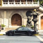 Siêu xe Porsche Taycan đẹp như mơ xuất hiện trên đường phố
