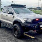 Ford Ranger Wildtrak độ siêu hầm hố kiểu Velociraptor