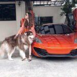 Hot Girl khoe siêu xe tổng trị giá ngàn tỷ cực xinh đẹp
