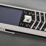 Giới siêu giàu giữ gìn điện thoại Vertu chính hãng thế nào ?