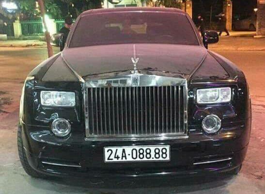 Đại gia Lào Cai siêu giàu chơi xe sang