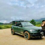 Đại gia Việt độ BMW X5 mui trần để đi dã ngoại