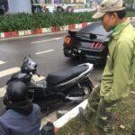 Xe máy đâm Ford Mustang giá 3 tỷ ở Hà Nội