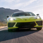 Siêu xe Chevrolet Corvette Stingray 2020 tăng tốc mất 2,9 giây