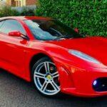 Ferrari fake giá 400 triệu tha hồ dùng tán gái