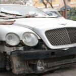 Chi phí sửa chữa hơn 3 tỷ,  chủ xe ngậm ngùi vứt bỏ Bentley ?