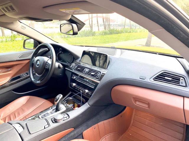 Nội thất xe BMW sang trọng