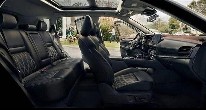 Nội thất xe Nissan đời mới