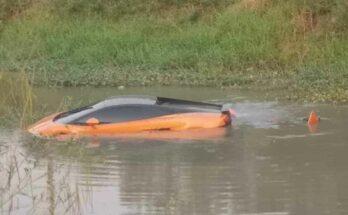 Lamborghini Gallardo bị rơi xuống sông hư hỏng