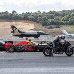 Video xe mô tô Kawasaki H2R đua thắng cả siêu xe và máy bay