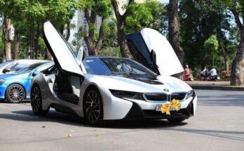 Baoxehoi dùng siêu xe BMW i8 thử lòng gái xinh