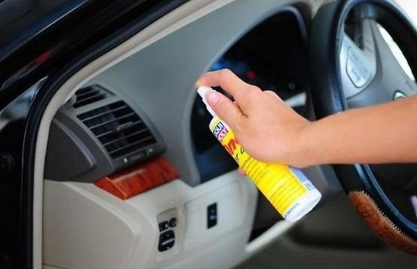 phun sạch xe để khử trùng vi khuẩn