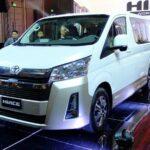 Toyota Hiace 2020 giá từ 1,2 tỷ đồng ở Việt Nam