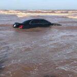 Mercedes giá 2 tỷ bị ngập nước biển ?