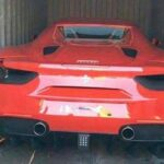 Siêu xe Ferrari 458 italia mui trần đấu giá chỉ 1,3 tỷ