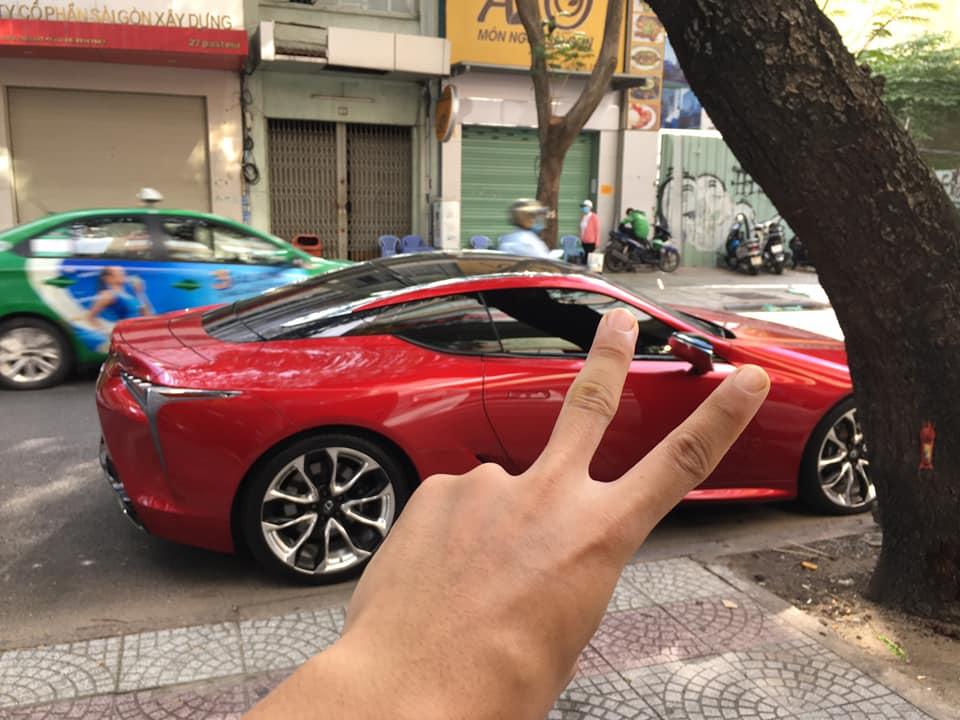Xe Lexus dân chơi
