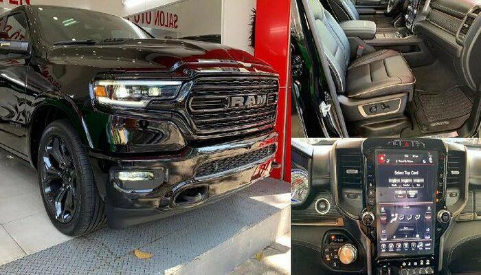 Siêu bán tải RAM 1500 Limited Black